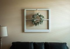 couch wreath home